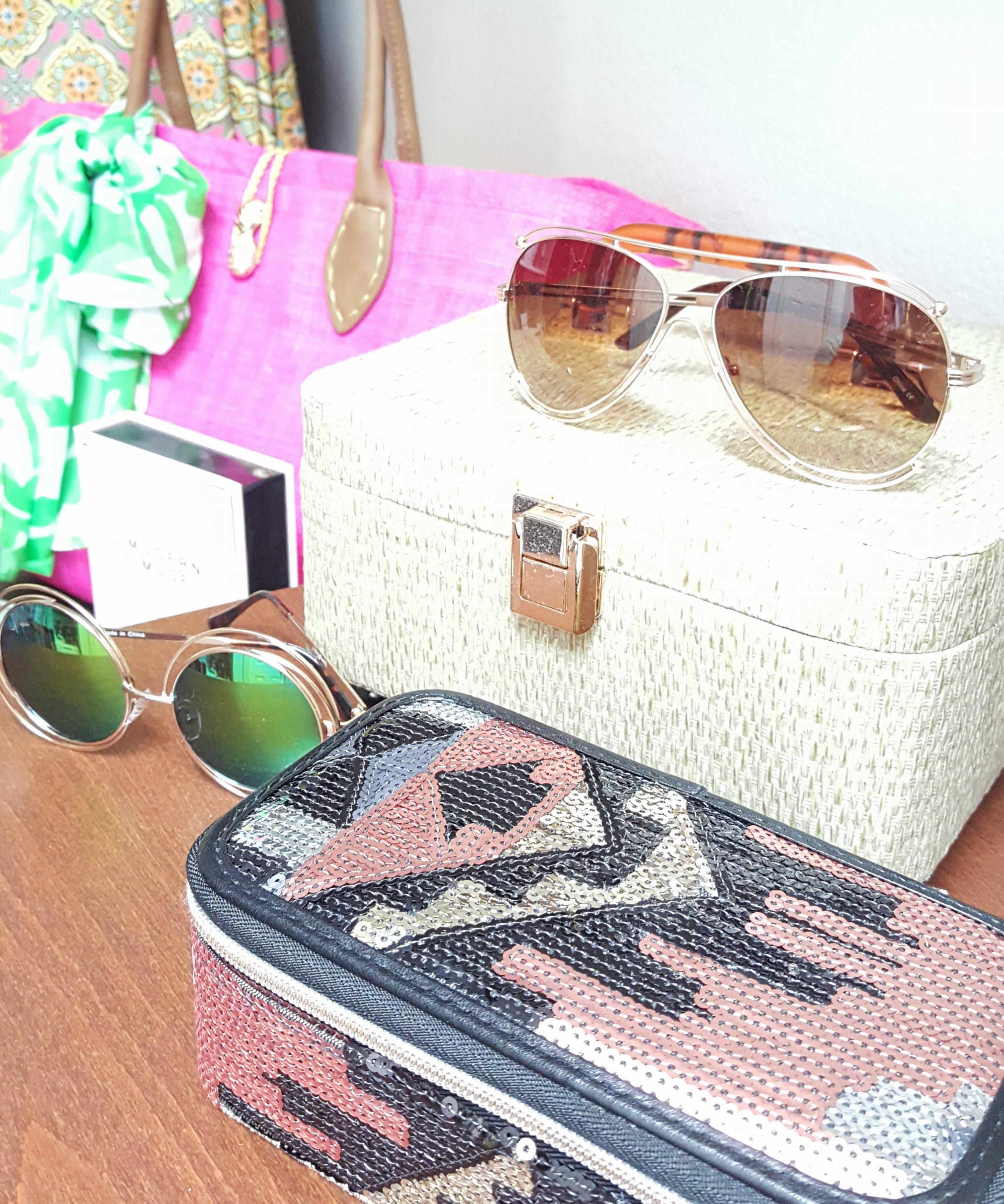 Closet accessories1